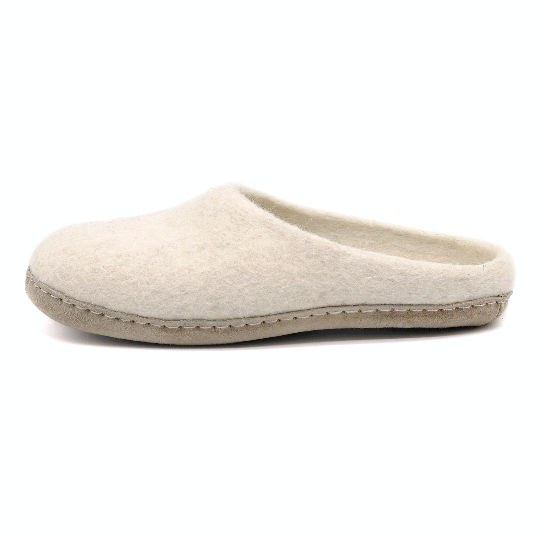 Women's Astoria Wool House Slippers in Oatmeal