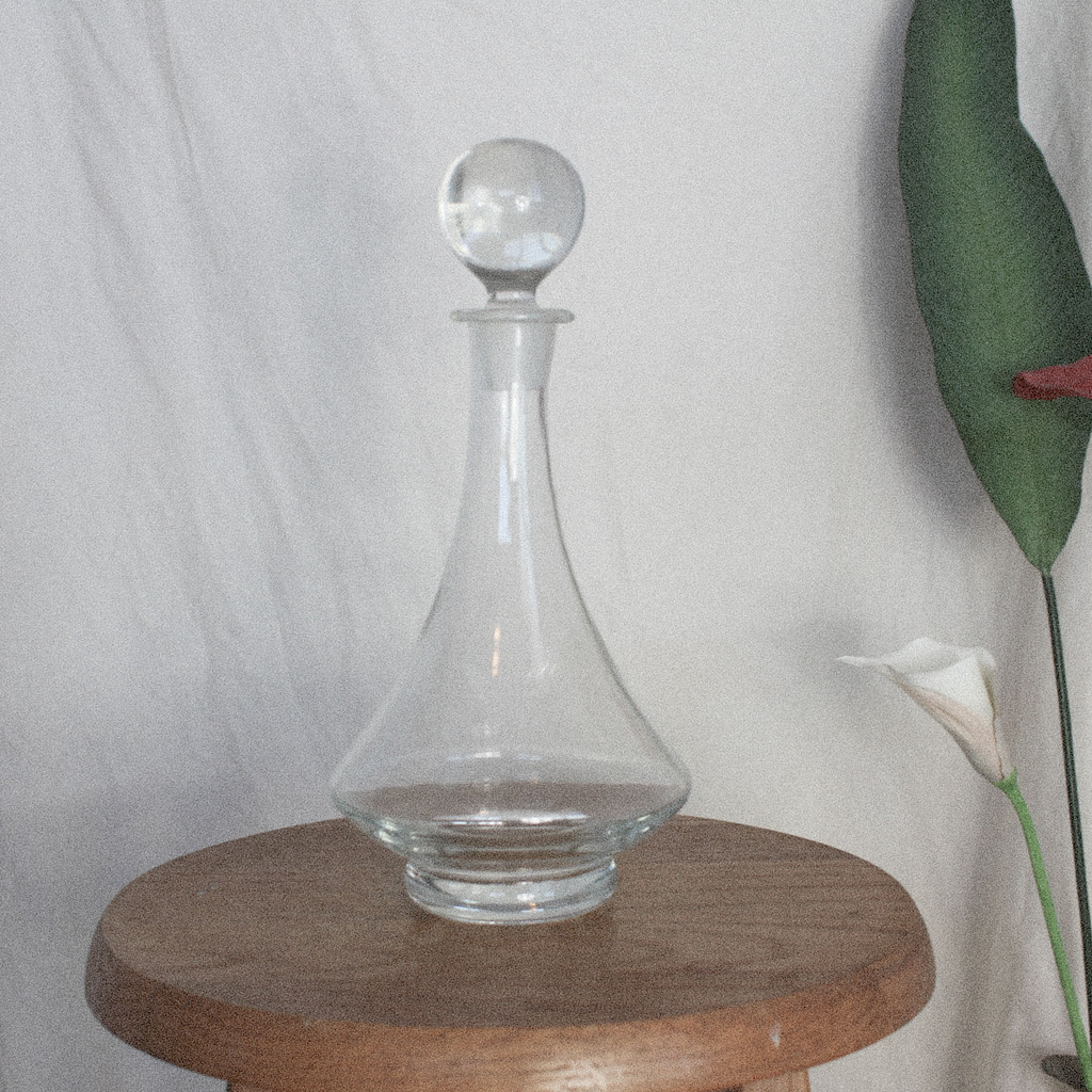 Large Glass Wine Decanter