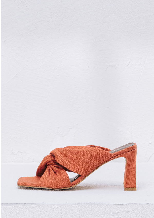 Enchante Carrot Linen Vegan