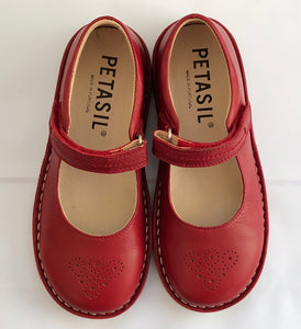 Petasil Celina red