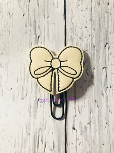 Cream Bow on Black Paper Clip