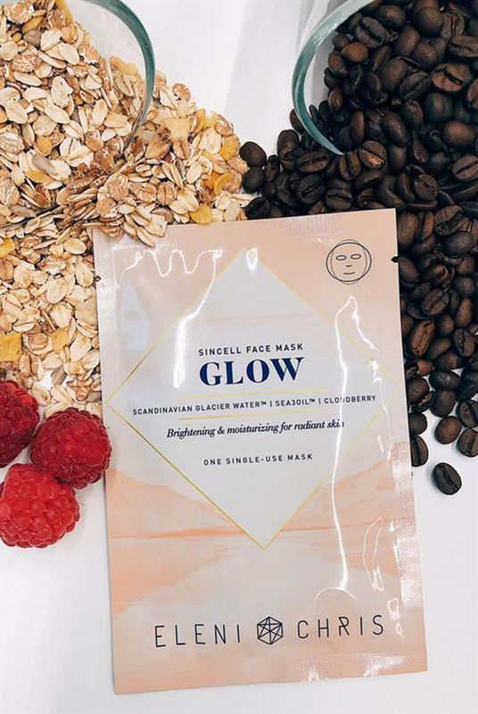 oxygen-boutique-eleni-and-chris-Sincell-Glow-Face-Mask-style