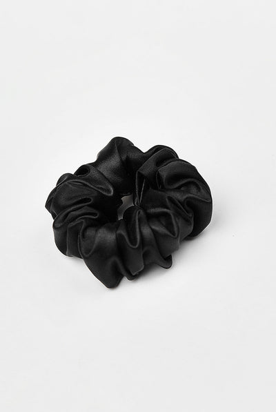 TEYA scrunchie Trish Black