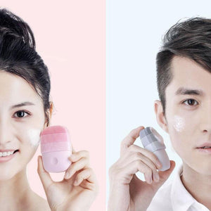ULTIMATE FACIAL MASSAGE CLEANSING BRUSH