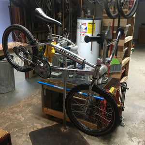 Hutch Pro Racer - BMX Rebuild and Restore 02