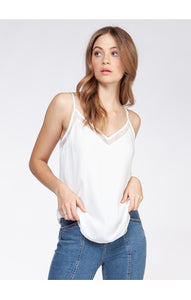 1623020 CAMI WITH LACE DETAIL