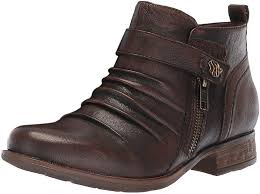 Earth 602596WLEA Brook Boot