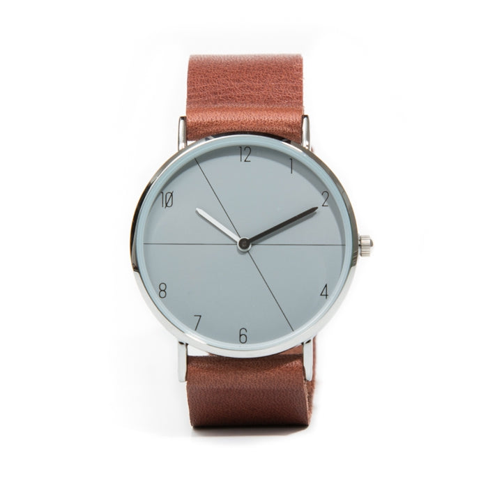 Montre marron en cuir recyclé