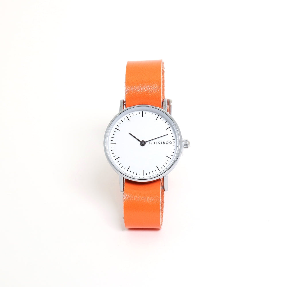 Montre orange en cuir recyclé
