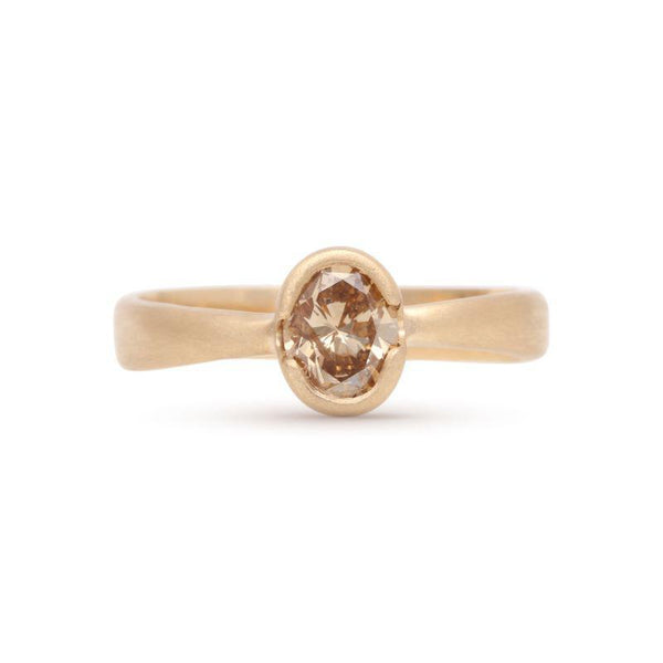 Oval Ravine Diamond Ring