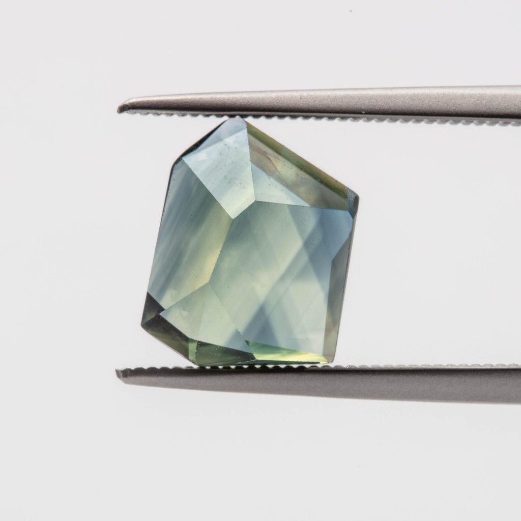 The Oceana (3ct Geometric Cut Sapphire)