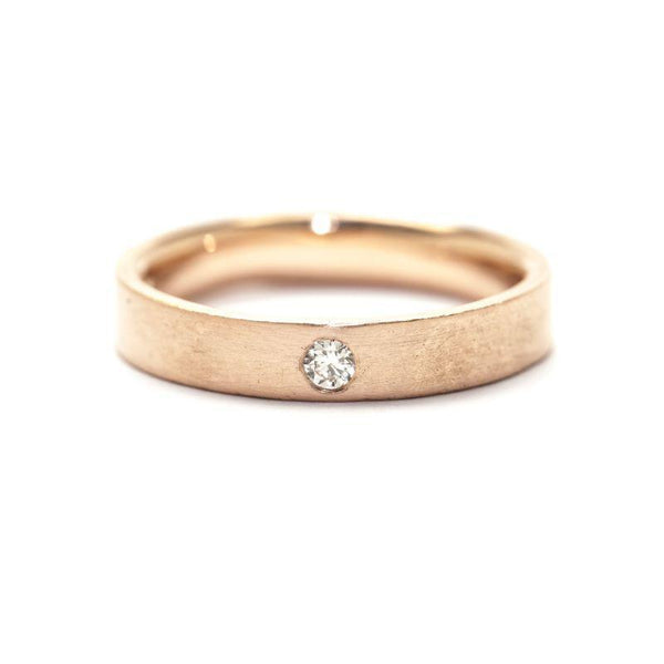 Single Diamond Narrow Flat Band
