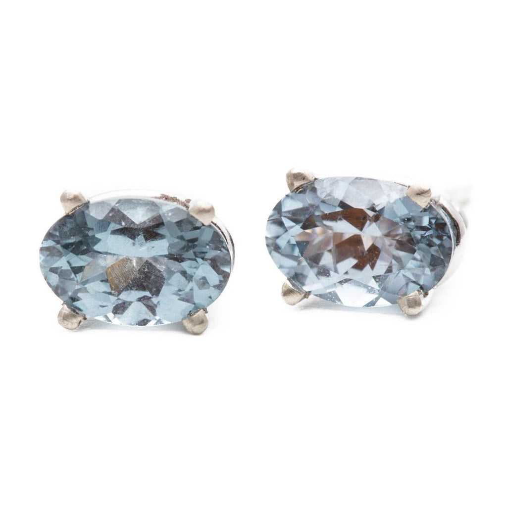 Steel Blue Spinel Basket Studs
