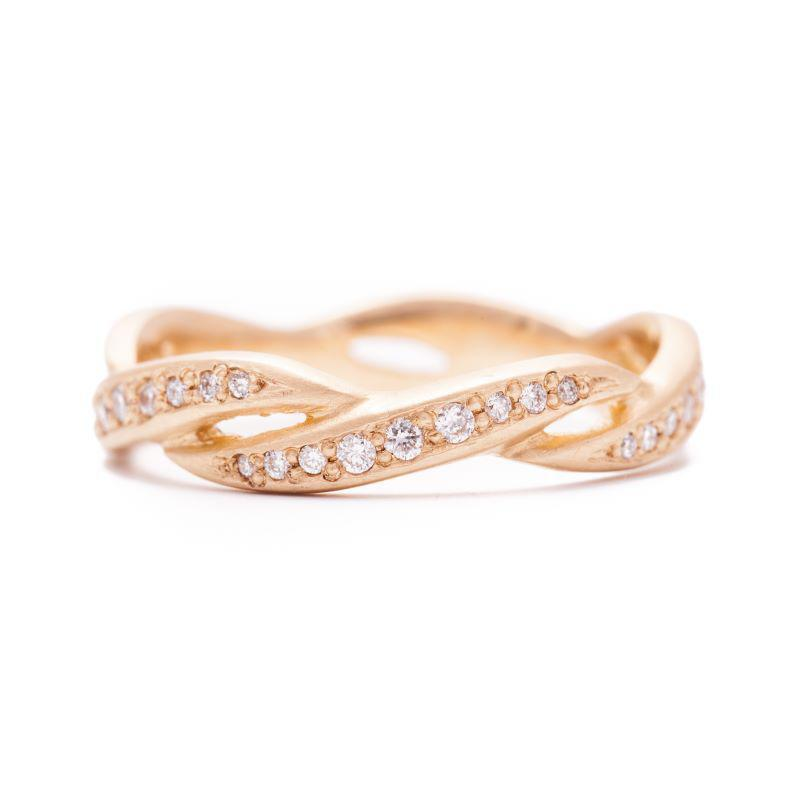 Kelp Eternity Pave Band