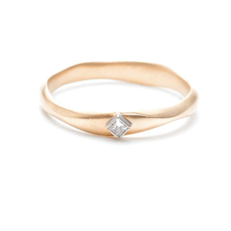 Princess Cut Diamond Nesting Band