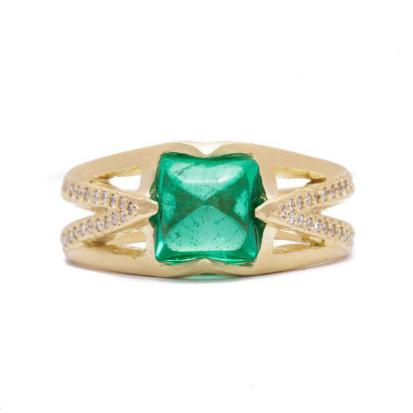 Antique Sugarloaf Emerald Ring