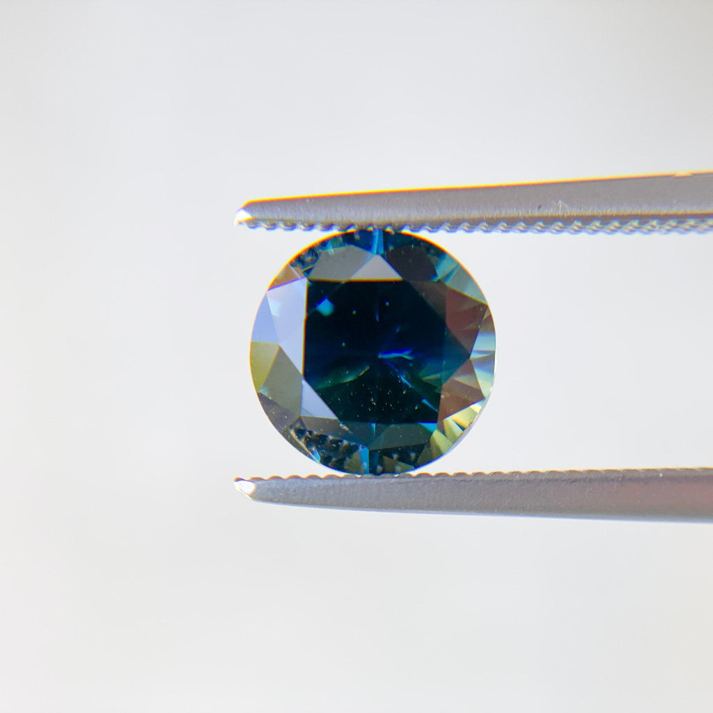 The Atlantis (1.42ct Brilliant Cut Round Sapphire)