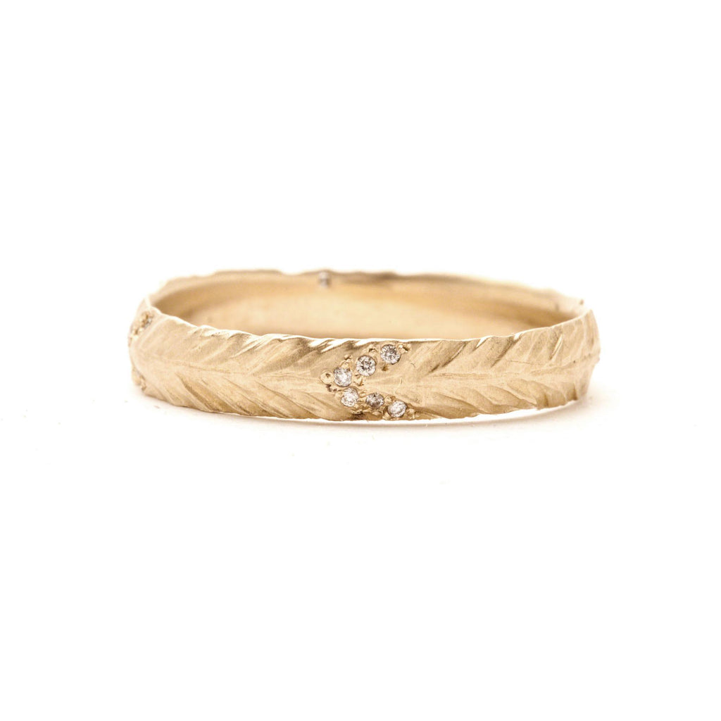 Thin Pavé Feather Band