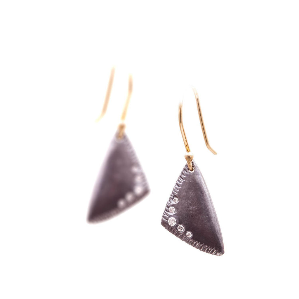 Side Textured Triangular Earrings