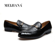 Load image into Gallery viewer, MeiJiaNa Men Shoes Brand Casual Leather Black Men Shoes Luxury Brand Loafers