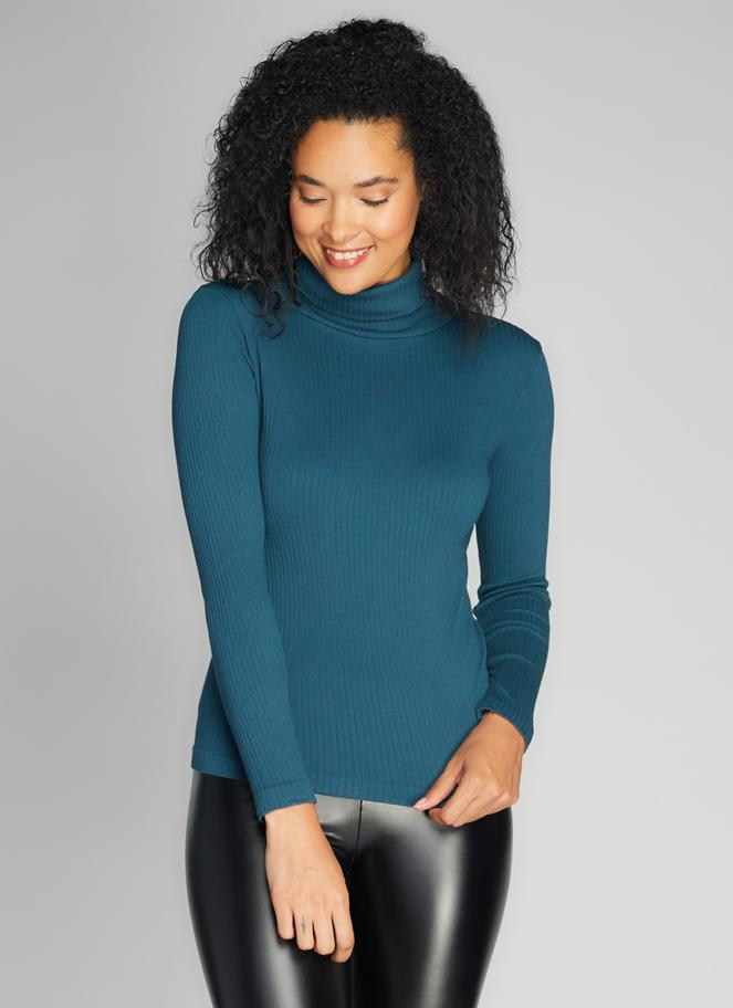 Cest Moi Seamless Rib L/S Turtleneck Top