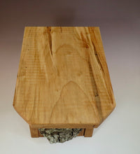 Bluebird Box, Top view of Rustic Bluebird Birdhouse, Hand-made Bluebird Box