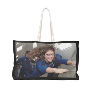 Awesome - be PROUD to carry - Weekender Bag - Astronaut Christina Koch back on Earth after 328 days in space - Yunque Store