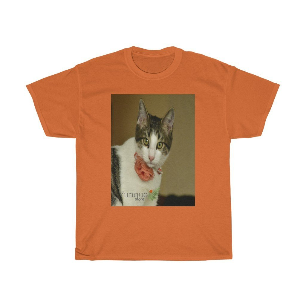 Canada Print - Gildan 5000 - Unisex Heavy Cotton Tee - Home Baby Cat Dante Dazzled by the camera - Puerto Rico - Yunque Store