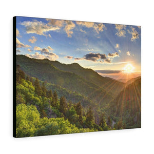 Canvas Gallery Wraps - Newfound Gap rays of a Holy day - in Smoky Mountain National Park in Summer in Mountain National Park (SMNP) USA - Yunque Store