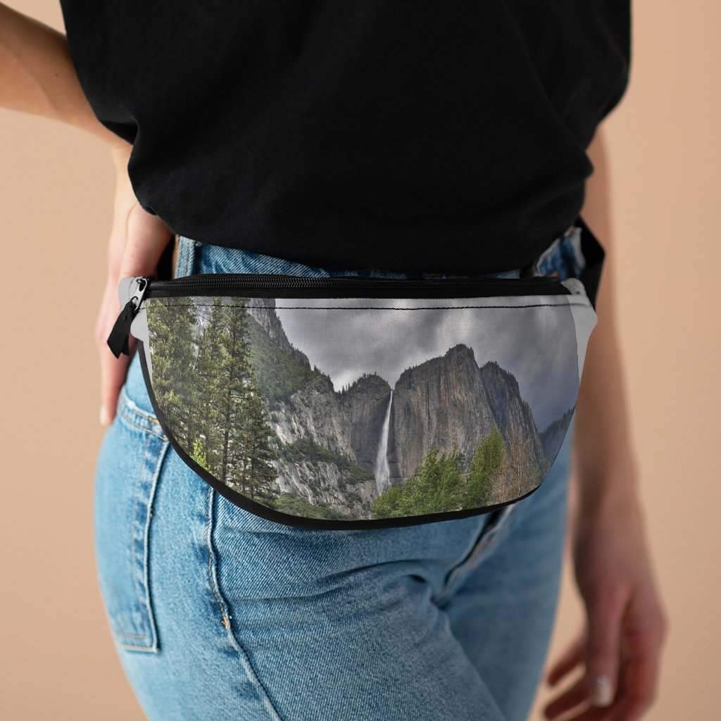 NPS - Fanny Pack with Organizer and Lightweight - The famous Yosemite Falls - California - Yunque Store