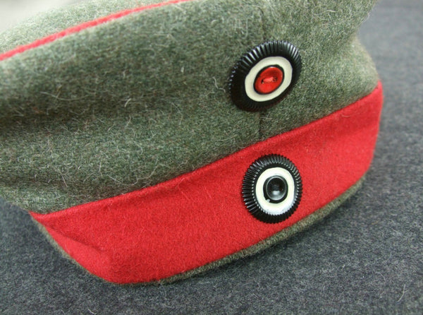 WW1 German Wool Bervet Cap + Insignia