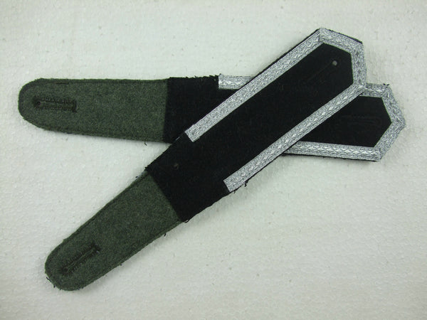 WW2 German Pre-War Early Shoulder Boards Corporal Black