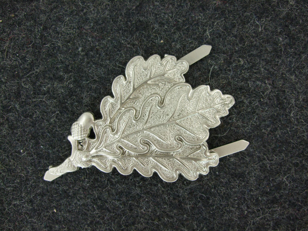 WW2 German Jager Troops Oak Leaf Cap Badge Pin