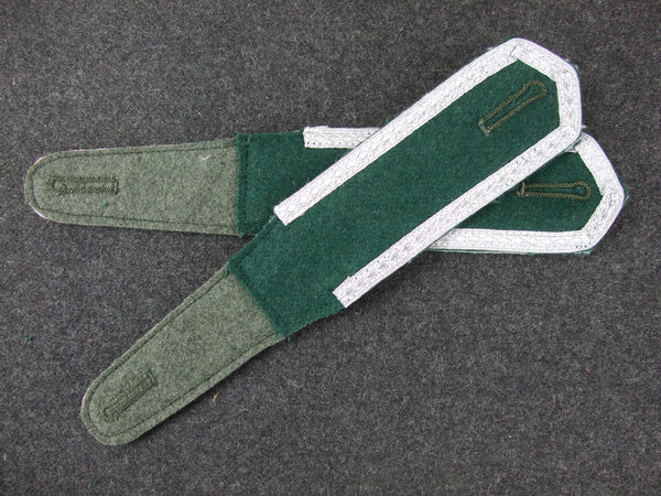 WW2 German Pre-War Early Shoulder Boards Corporal Pair Dark Gree