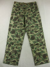 Load image into Gallery viewer, WWII US Army Camo HBT Utility Trousers Pants