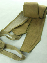 Load image into Gallery viewer, WWII Italy Italian Tropical Sand Wool Leggings Puttee Pair