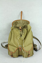 Load image into Gallery viewer, World War II Soviet Russia Red Army M39 Rucksack Backpack Sand