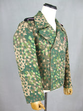 Load image into Gallery viewer, WWII German Elite Panzer Dot Camo Tunic Wrap Jacket