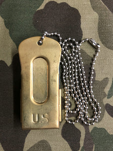 WW2 United States US Airborne Paratrooper Clicker And Chain
