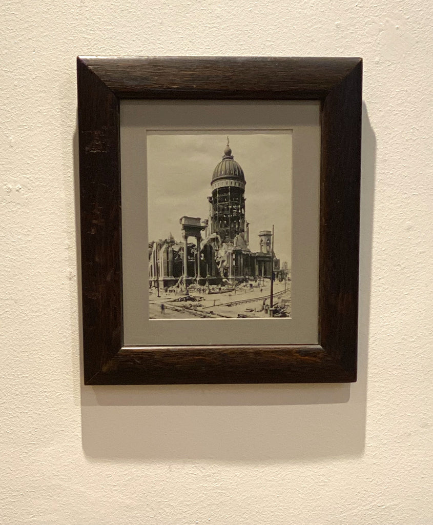 Photograph of San Francisco's City Hall 1906