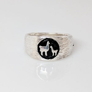Momma Baby Cria Signet Ring in Sterling Silver - wide width fiber texture