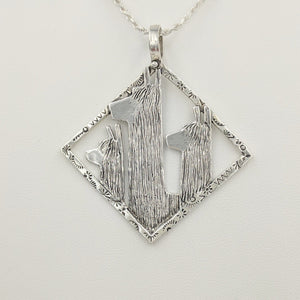 Alpaca Suri Tri-Head Pendant - Diamond shaped decorative stamped rim - Sterling Silver