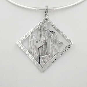 Llama Tri-Head Pendant  Diamond shape with hammered rim - Sterling Silver