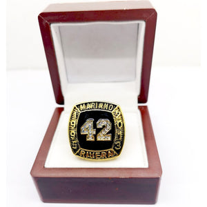 MARIANO RIVERA HALL OF FAME RING WITH BEAUTIFUL DISPLAY CASE