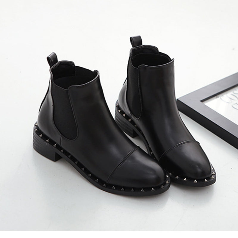 Black Chelsea Rivet Boot - Grilchic