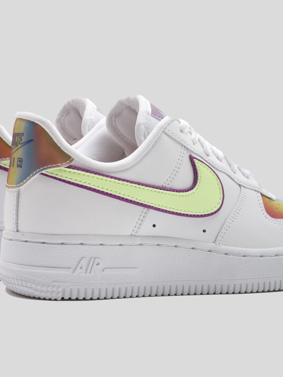 WMNS Air Force 1 EASTER