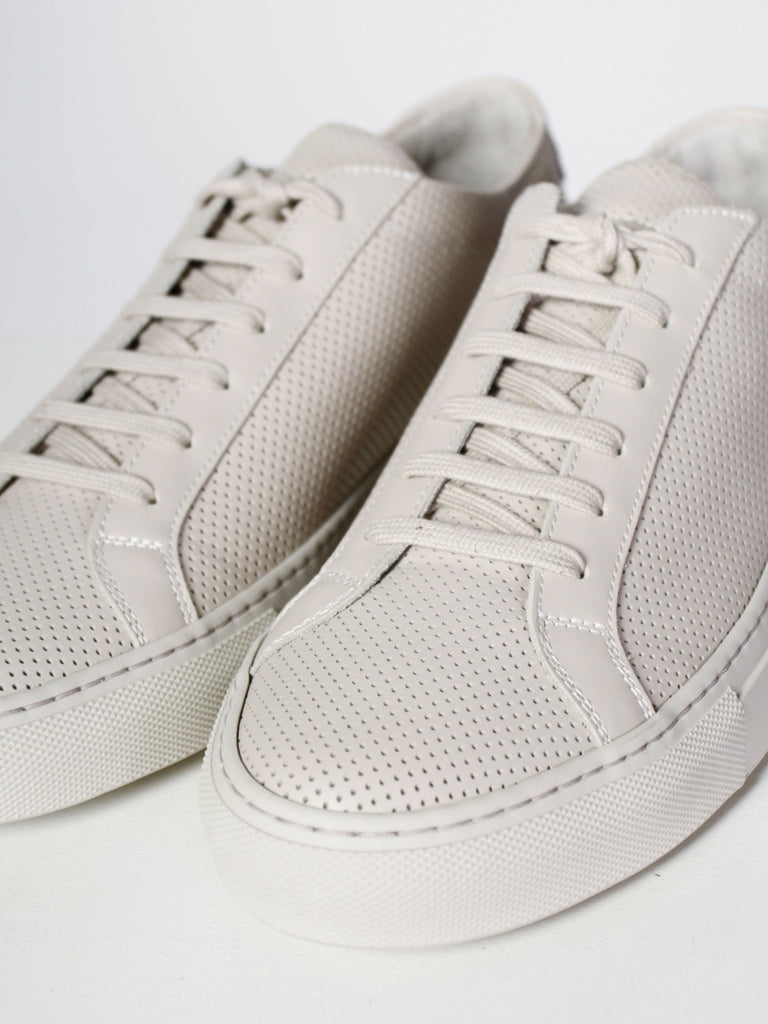 Original Achilles Low Perforated