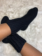 Load image into Gallery viewer, Crochet Crew Socks