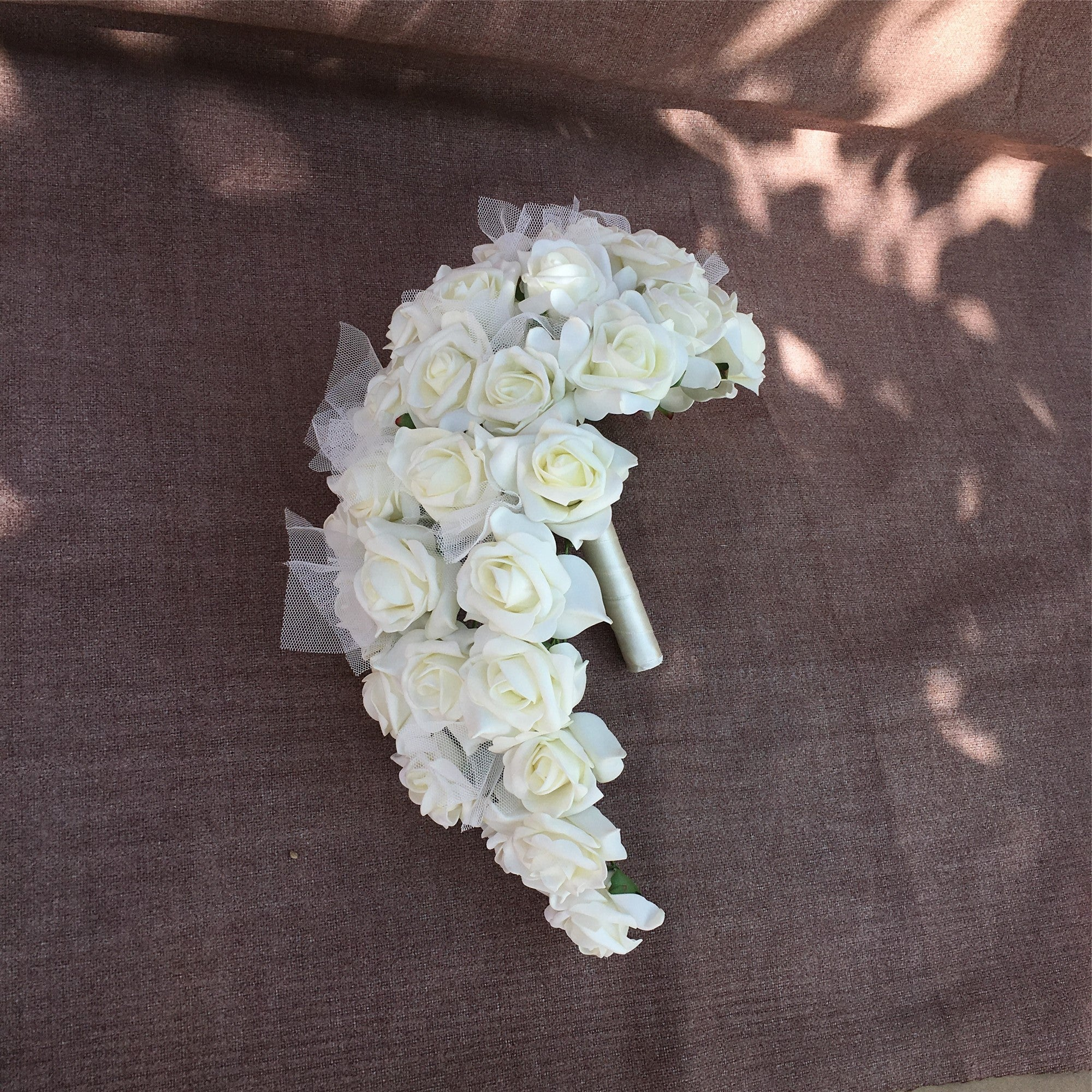 Cream White Bouquet Of Roses Bridal Bouquet Cascade Wedding Arrangemen Vanrina