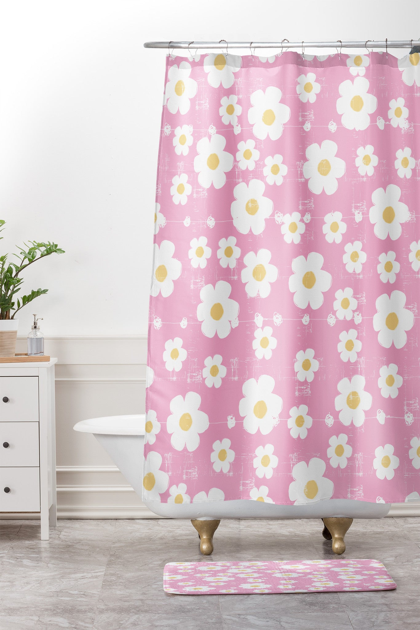Pink Daisy Shower Curtain And Mat Ali Benyon